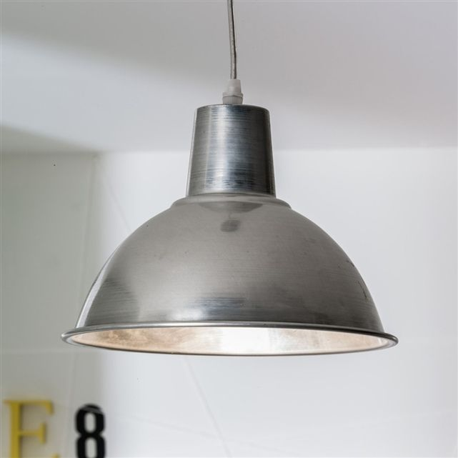 Lampadario in metallo