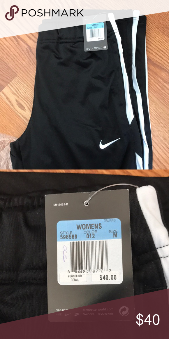 Women's Nike Pant NWT | Nike pants, Gym shorts womens, Pants