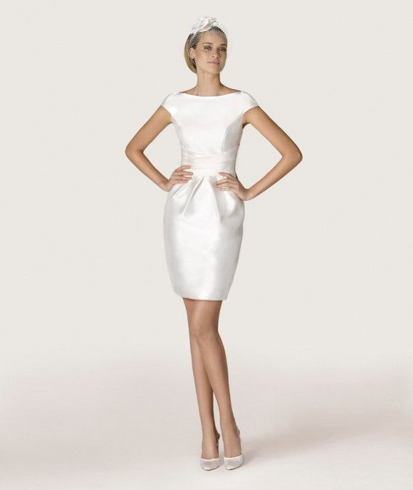 je veux une petite robe blanche pour mon mariage civil. Black Bedroom Furniture Sets. Home Design Ideas