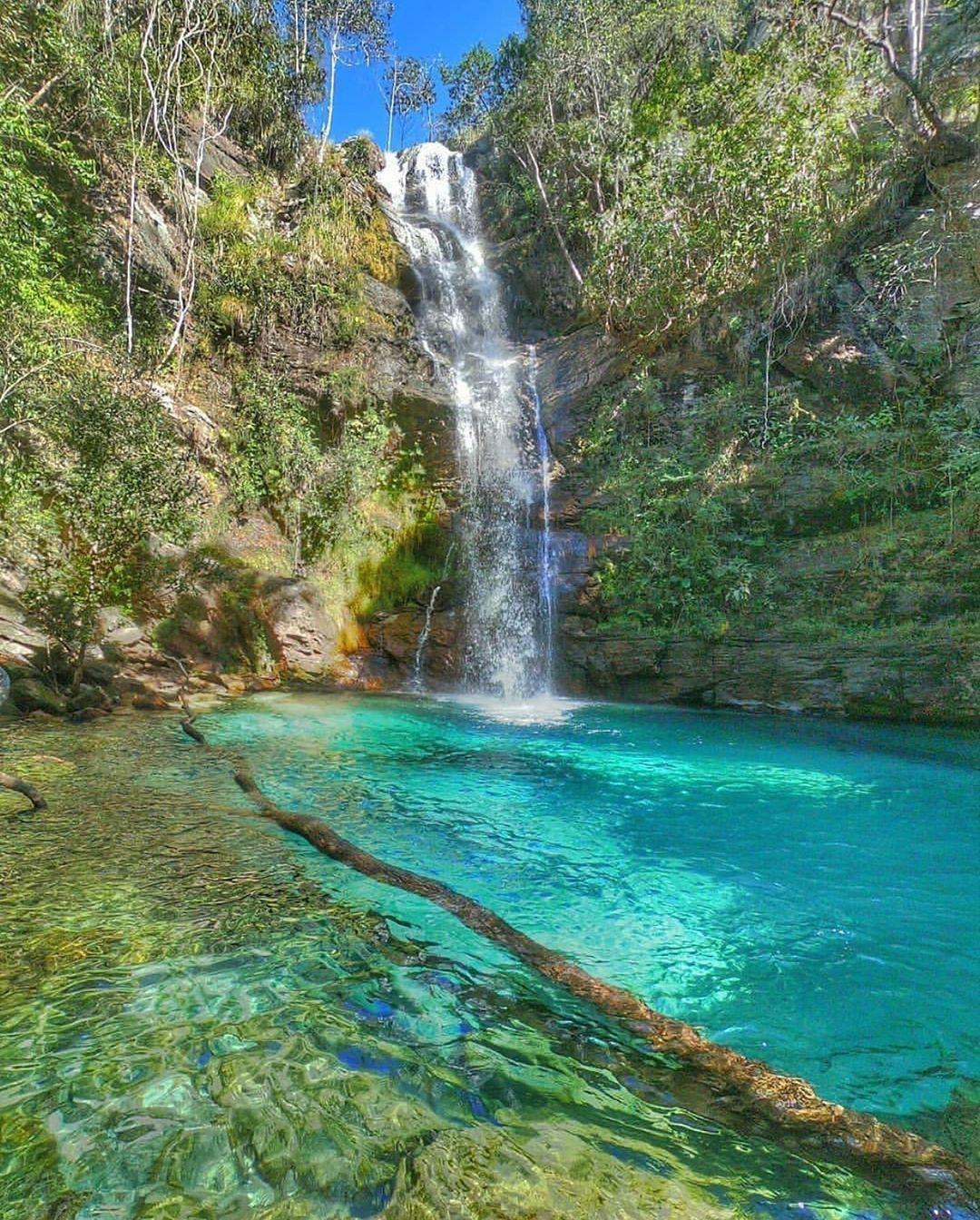 🌎 Cachoeira Santa Bárbara, Cavalcante - GO 📸@dougguiadachapada SIG | Cachoeira  santa barbara, Viagens, Cachoeira