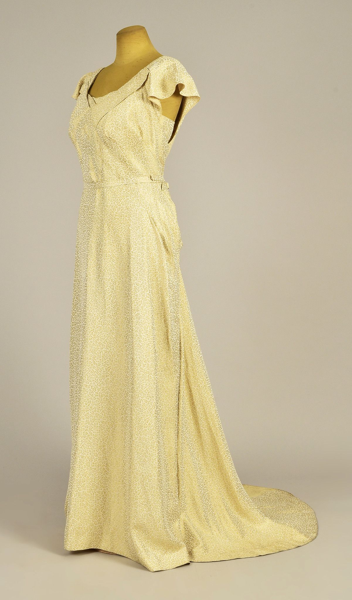 LOT ENGLISH TRAINED CREAM and GOLD EVENING GOWN