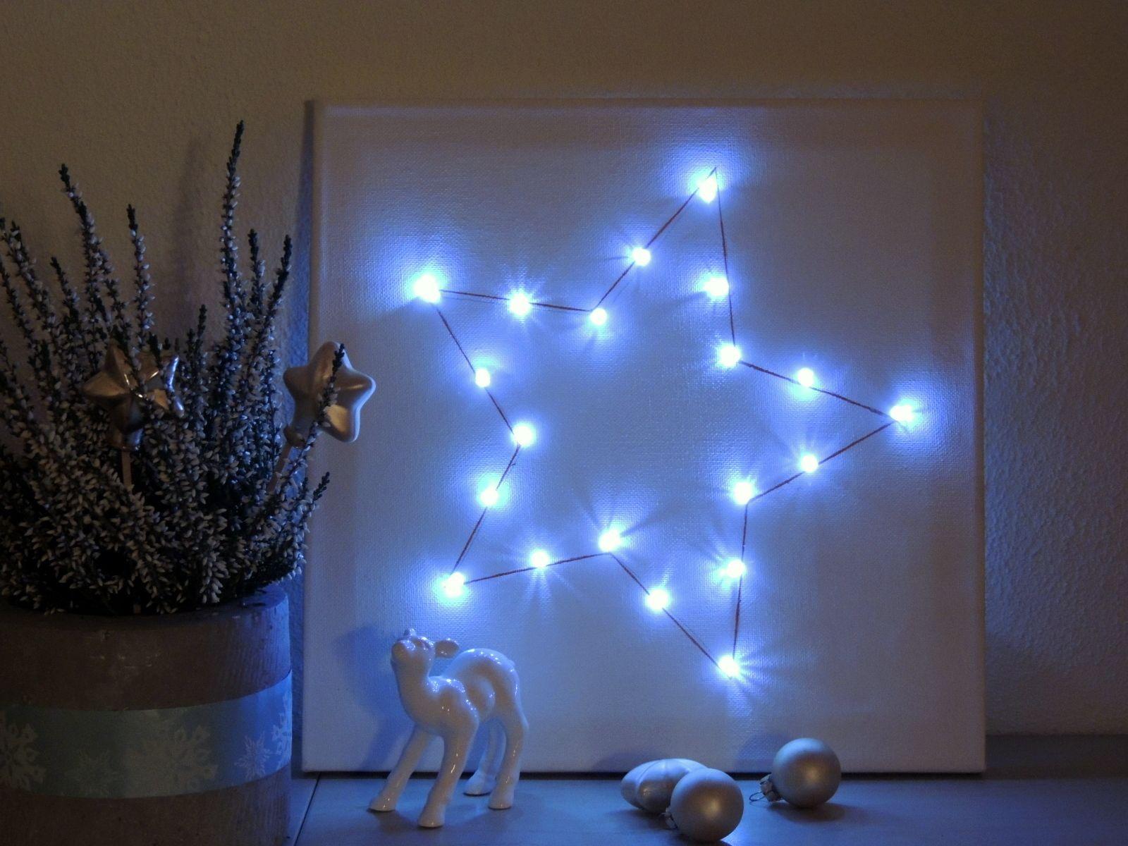 Ein Leuchtender Stern Auf Leinwand Diy Nad Leuchtsterne Basteln Weihnachten Und Lichterkette