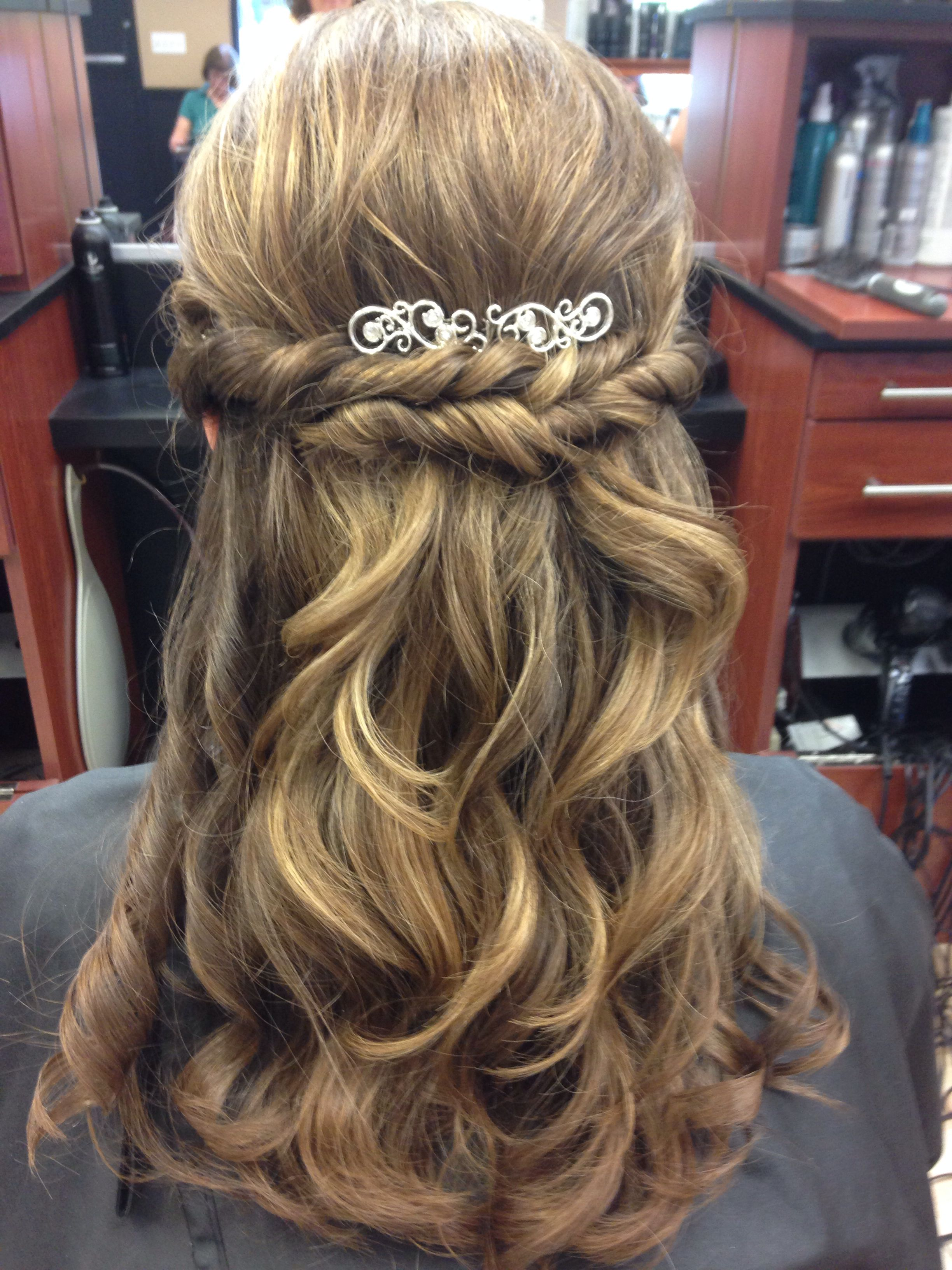 Curled Prom Hairstyle With Twist And Sparkly Barrette Prom Hairstyles For Short Hair Hair Styles Curled Prom Hair