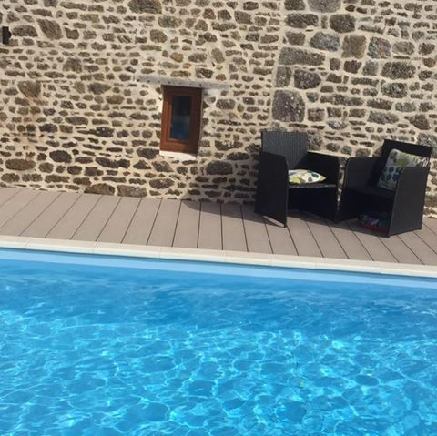 Picture Yourself Relaxing Here At Gites Le Bisson With A Good Book And A  Long, Tall Glass Of Something Refreshing. Book Your Holiday Cottage With Pool  In ...