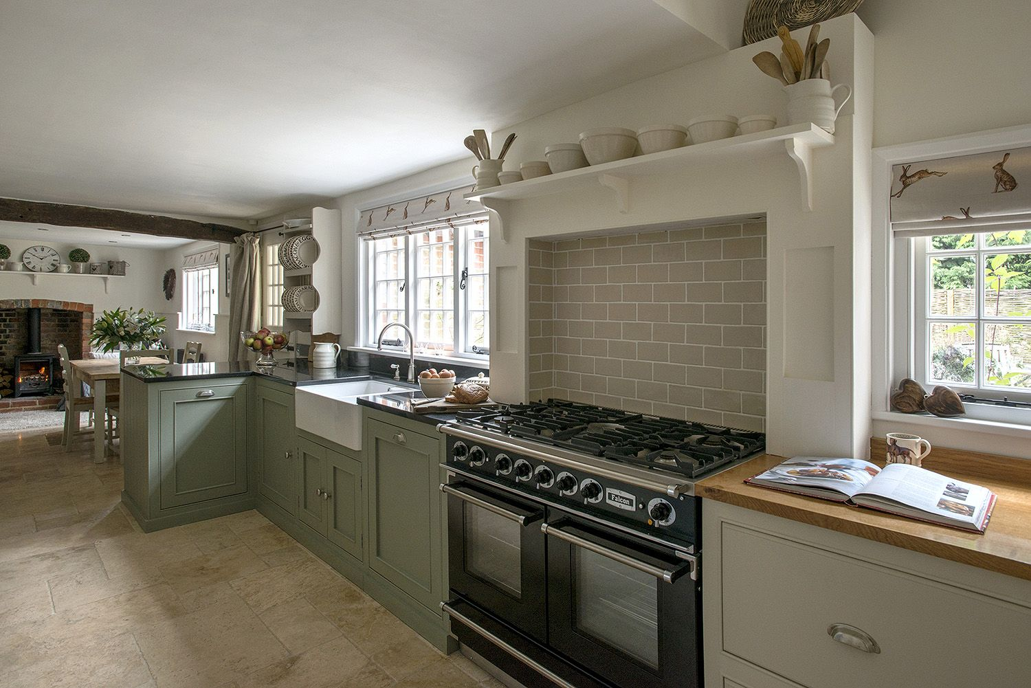 Farmhouse country kitchens design sussex & surrey middleton