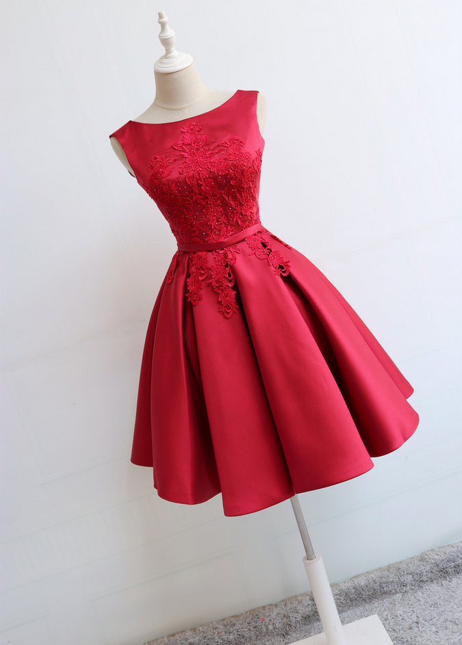 ce1da55846c 2019 的 Red Round Neckline Short Satin Party Dresses