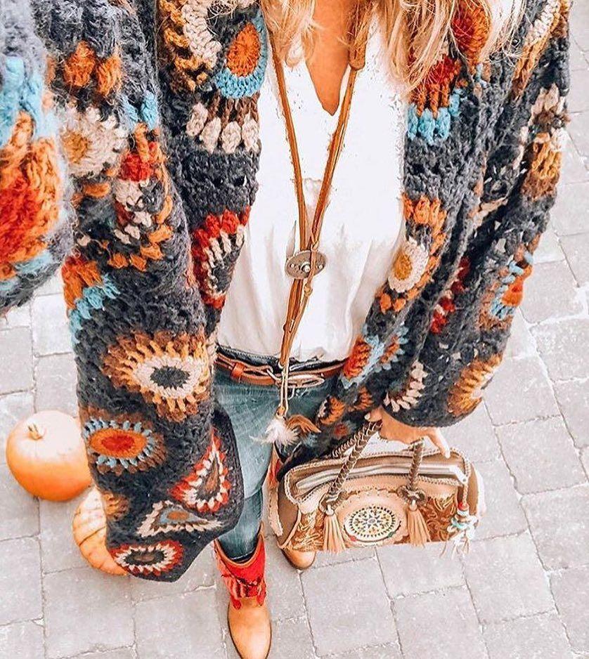 """Örgü Butik N&P on Instagram: """"Renklerin güzelliği ????@neverlands_world - - mutlu haftalar ???????????? - fiyat ve sipariş için direk mesaj atabilirsiniz - - - ???????????? DM Kargo alıcıya…"""" #grannysquareponcho"""