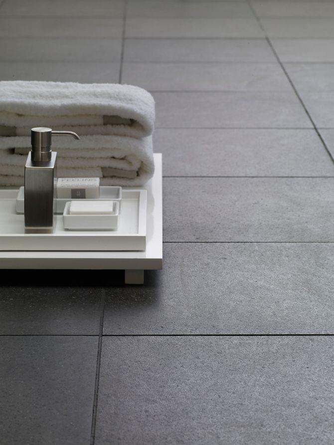 Badkamer grijze tegels - badkamer | Pinterest - Grijze tegels ...