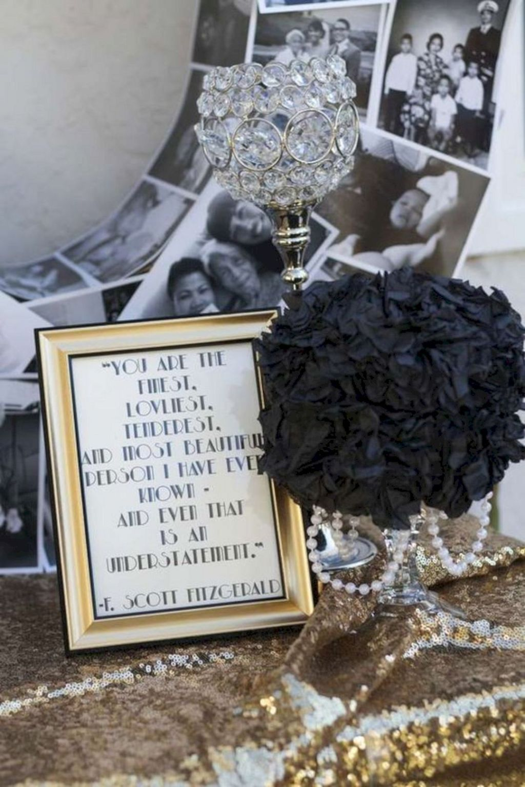 10 Awesome Decorations Great Gatsby Party Ideas