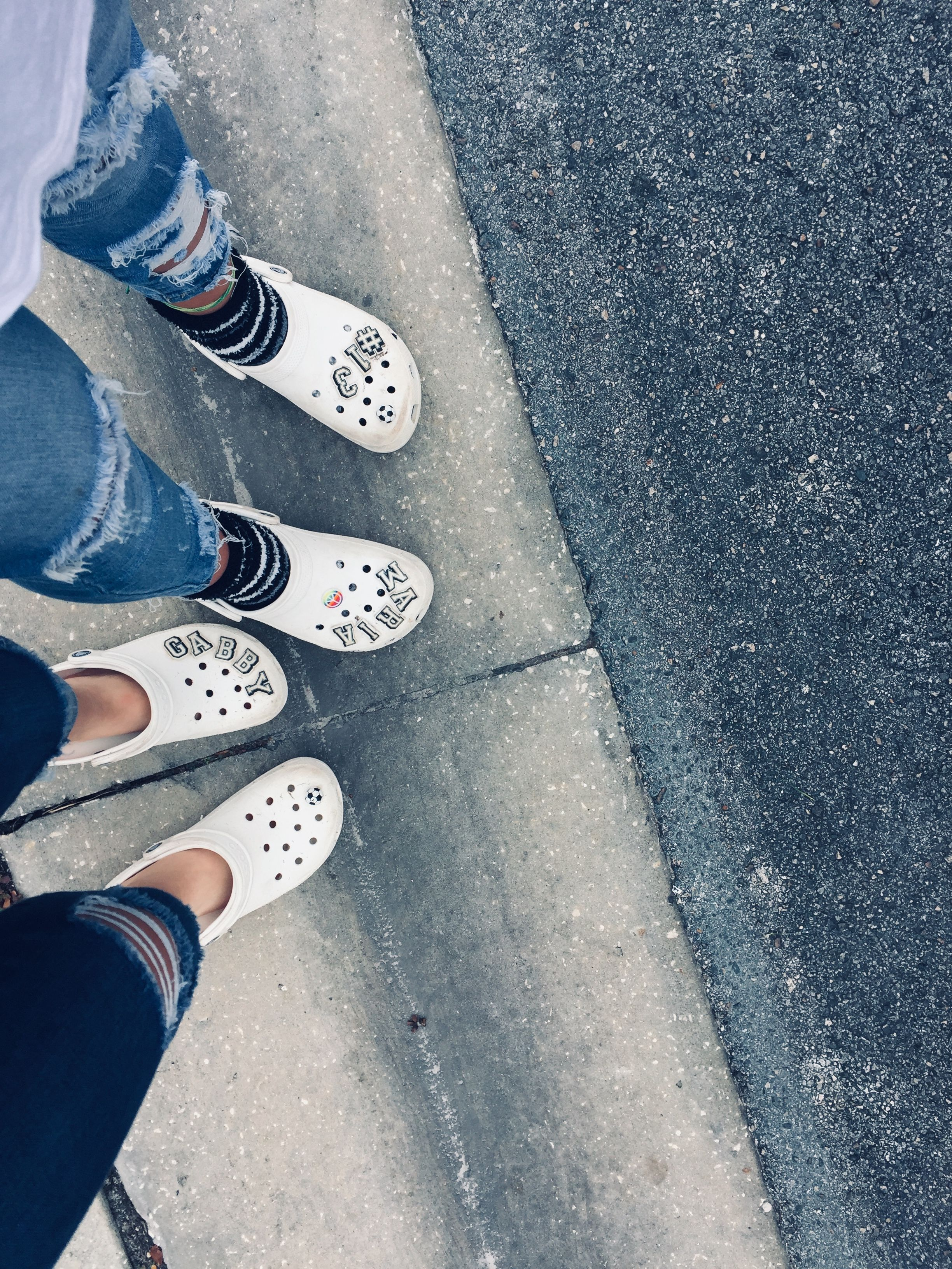 crocs converse style