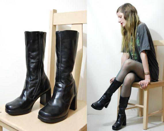 90s Vintage BLACK LEATHER Boots Mid