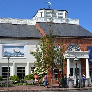 Nantucket Whaling Museum, Broad St., Nantucket