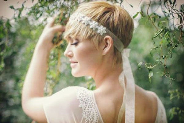 peinado de novia con pelo corto