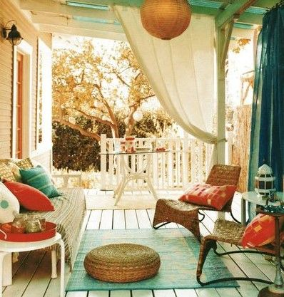 Inspirational Outdoor Spaces: Round up of some of the most gorgeous outdoor spaces.  Ideas + inspiration that are so beautiful, yet can be easy to implement in your outdoor oasis!