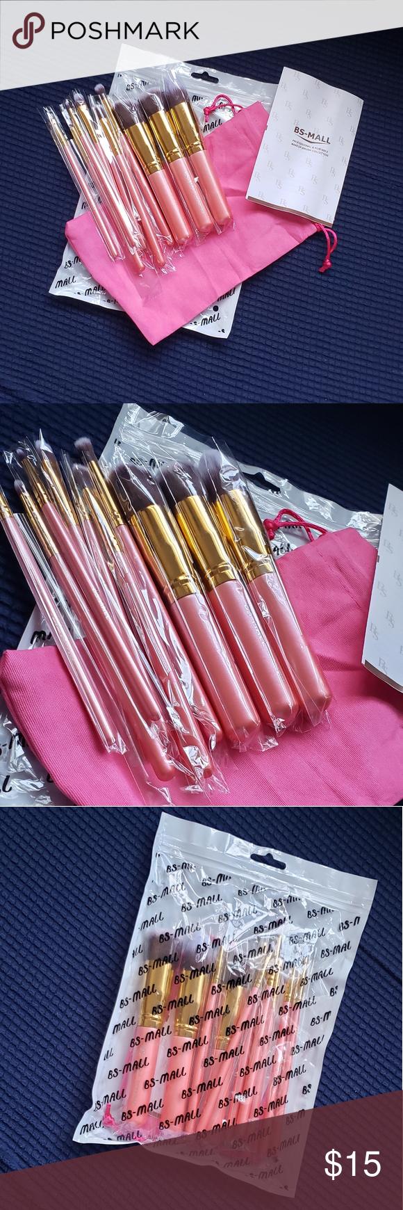NWT Makeup brushes NWT Makeup brushes, Pink makeup brush