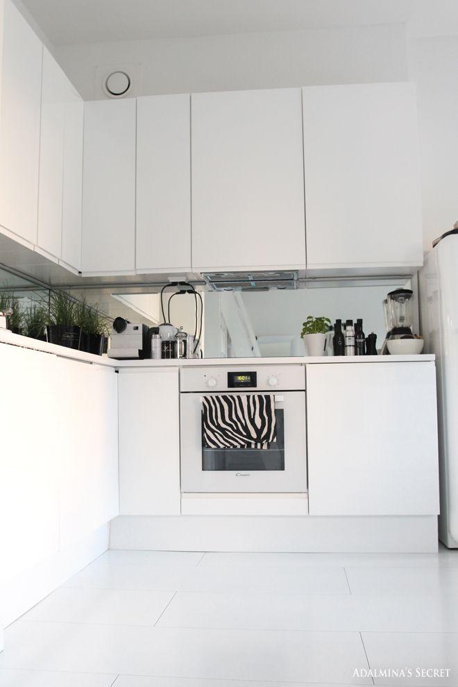 White kitchen - Adalmina's Secret