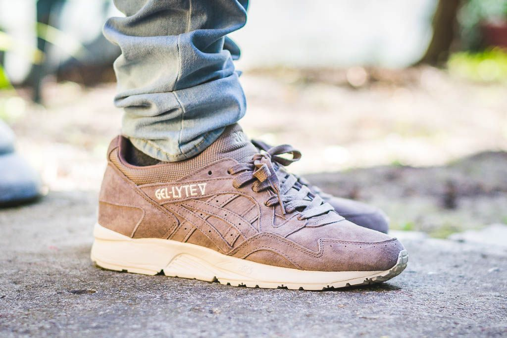 check out c509c 10615 Asics Gel Lyte V Taupe Grey On Feet Sneaker Review WDYWT ...