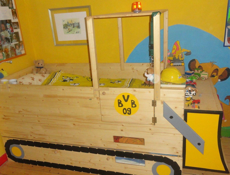 Kinderbett baggerbett  Das Baggerbett ist von Zwergenmöbel, die Dekoration im BVB Design ...