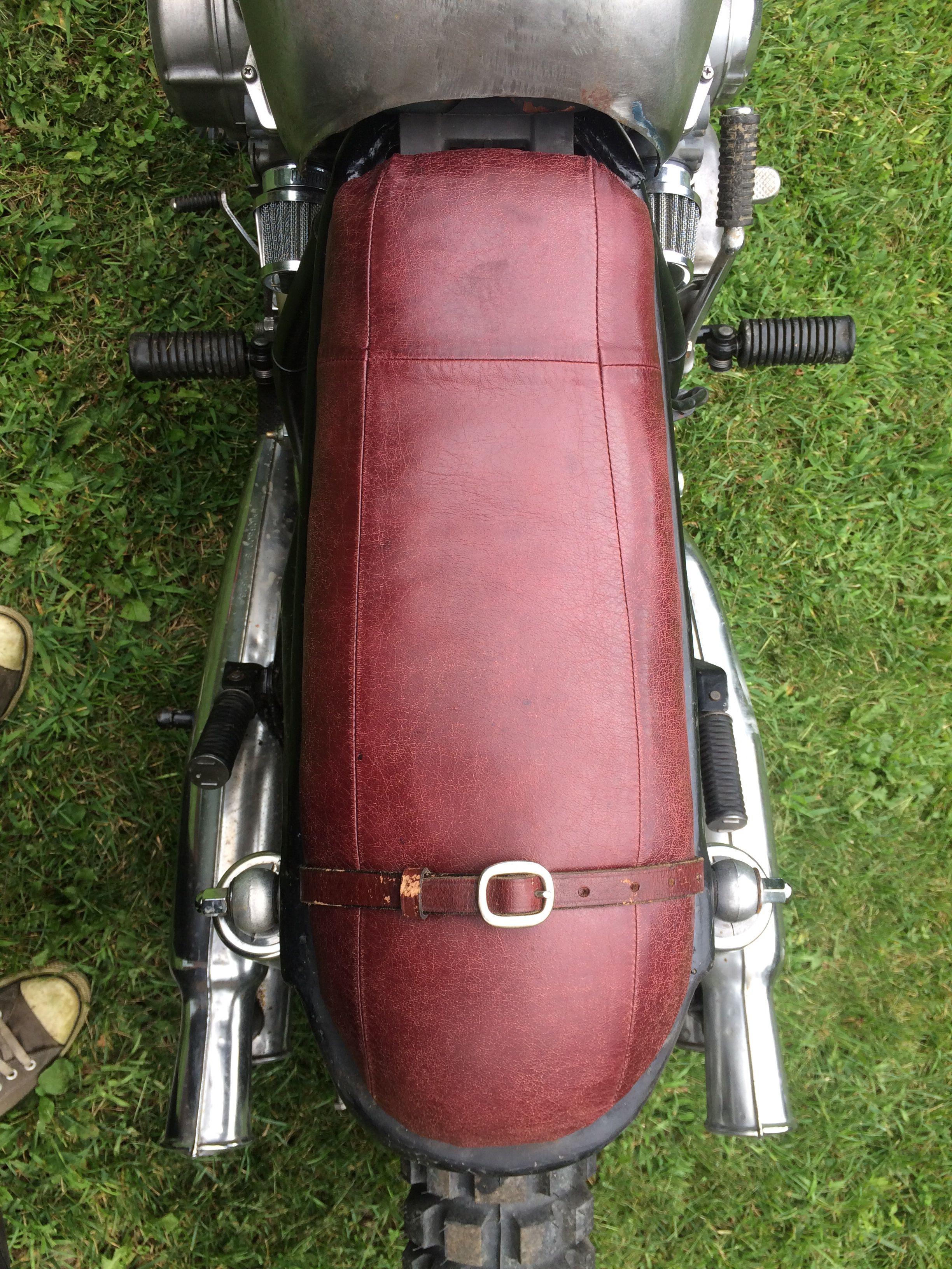 Custom Brat Seat Custom Bike Parts Bmw Scrambler Motorcycle Seats