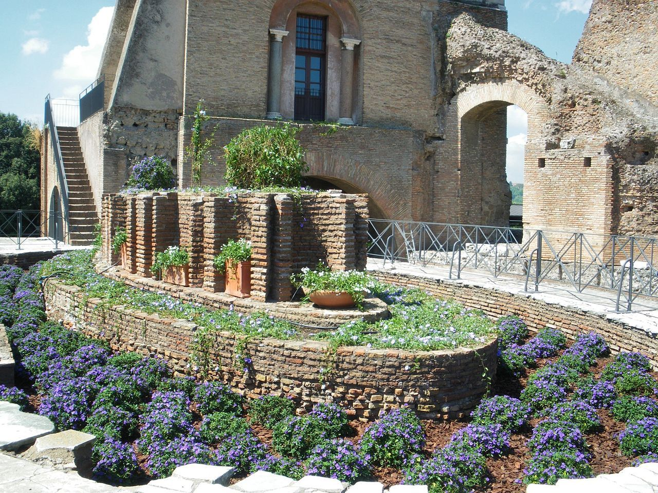 Le Palantin - vestiges d'une fontaine