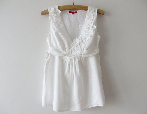 f13dd66fe01 White Summer Top Linen blend Blouse Sleeve less Tunic White Women Blouse  with Back Bow Tie Summer Da