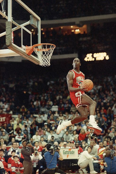 The Most Epic NBA Dunk Contest Photos Ever Taken  d1637cf8dd