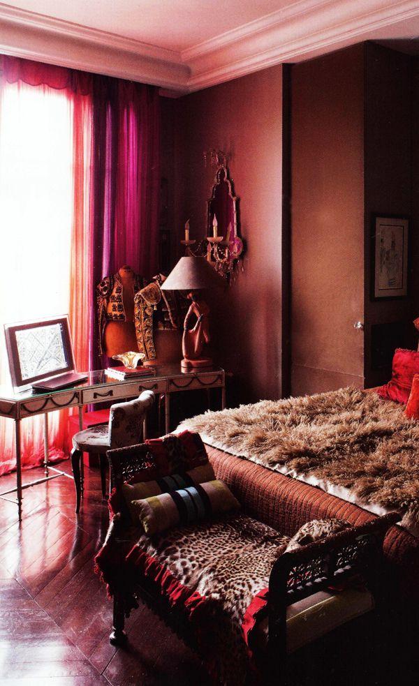 Chocolate Bedroom From Coté Paris