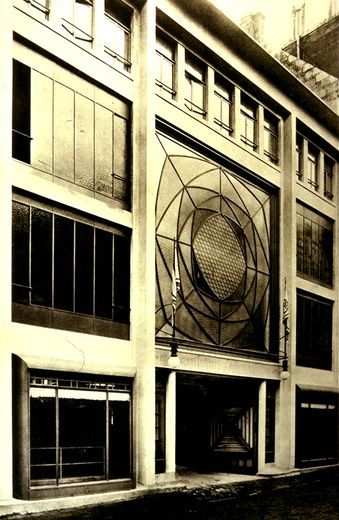 Auguste perret ponthieu garage paris 1905 architecture for Garage ford paris 11