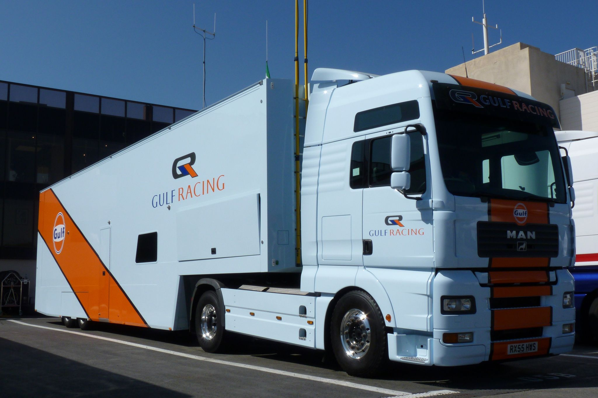 https://flic.kr/p/bJg9jV | Gulf racing truck | How the mythic 'orange & sky blue' livery can transform a truck... this one is the transporter for the Aston Martin Vantage of Roald Goethe & Stuart Hall.