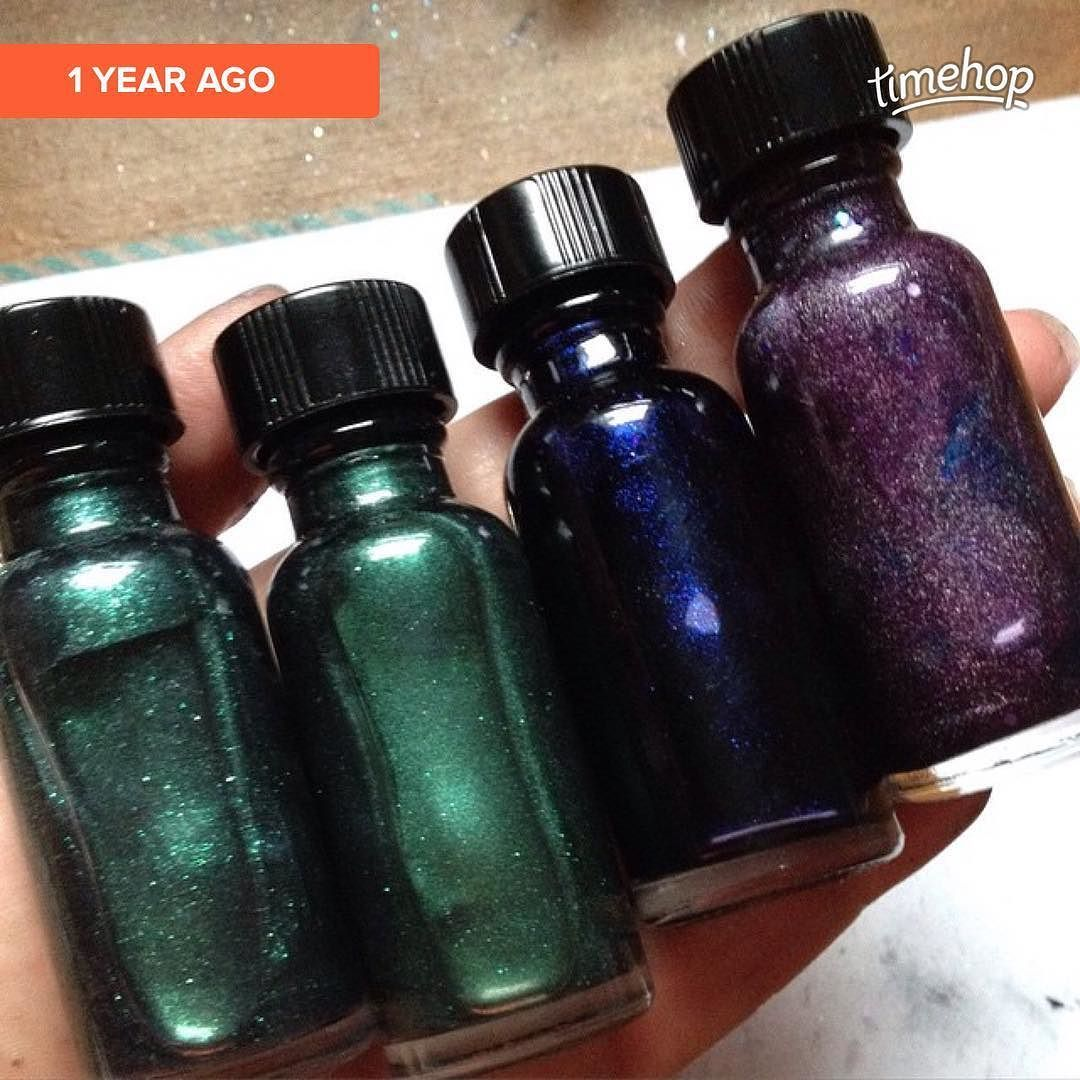 Another #itfanmix #itflashback of Lord of the Greenwood Gemini Tiny Alpha and Queen of Air and Darkness! #mythology #zodiac #httyd #dresdenfiles #fandomnails #fandompolish #incidentaltwin #nailpolish #indiepolish #etsy incidentaltwin.etsy.com   via Instagram http://ift.tt/1ZjCJX0  IFTTT Instagram