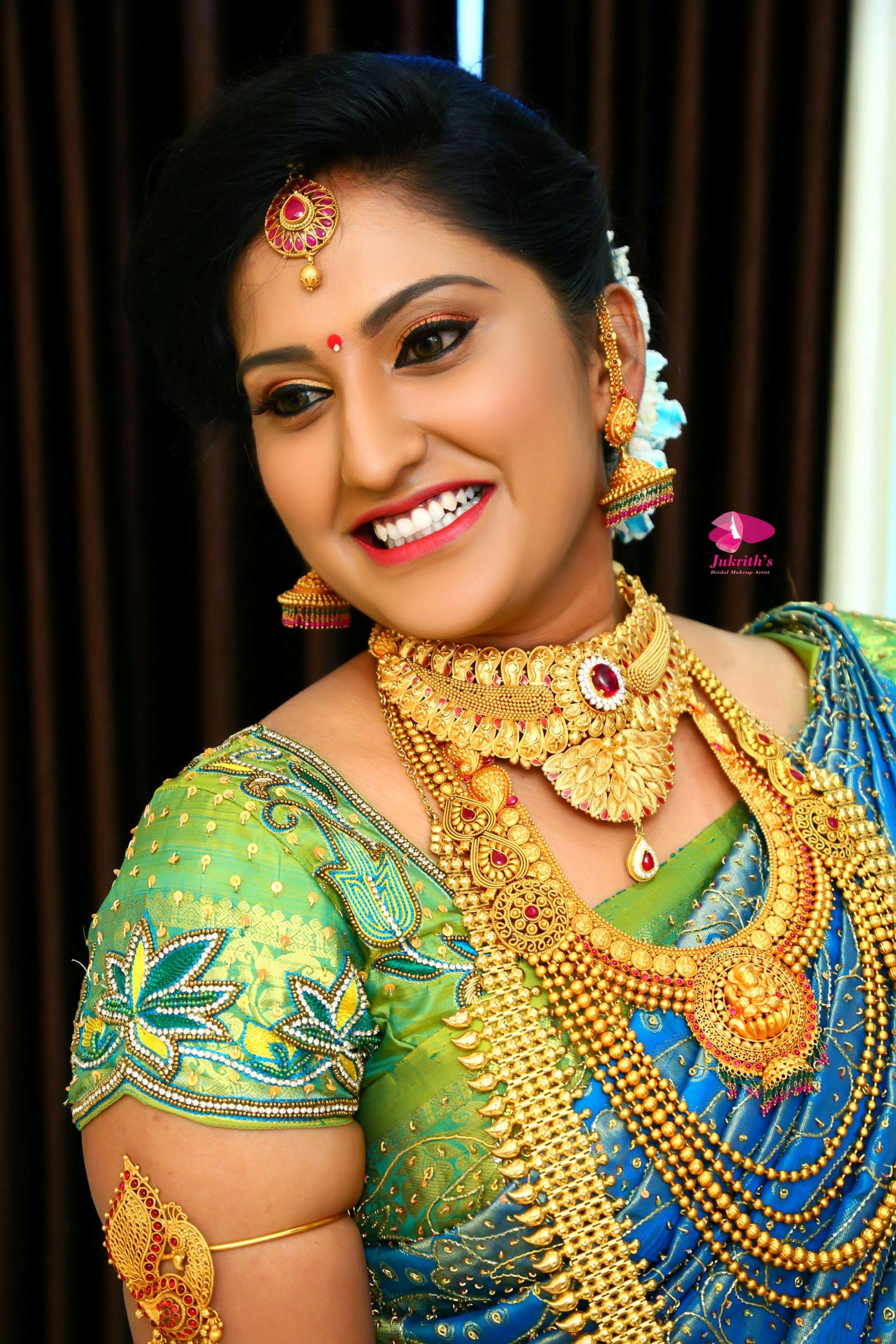 Brides for best bridal makeover call 8939081143