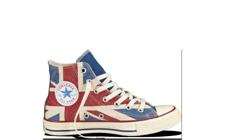 Converse All-Star altas con la bandera del reino unido en el estampado, con  un toque vintage en su color, perfectas para combinar con vaqueros, ...