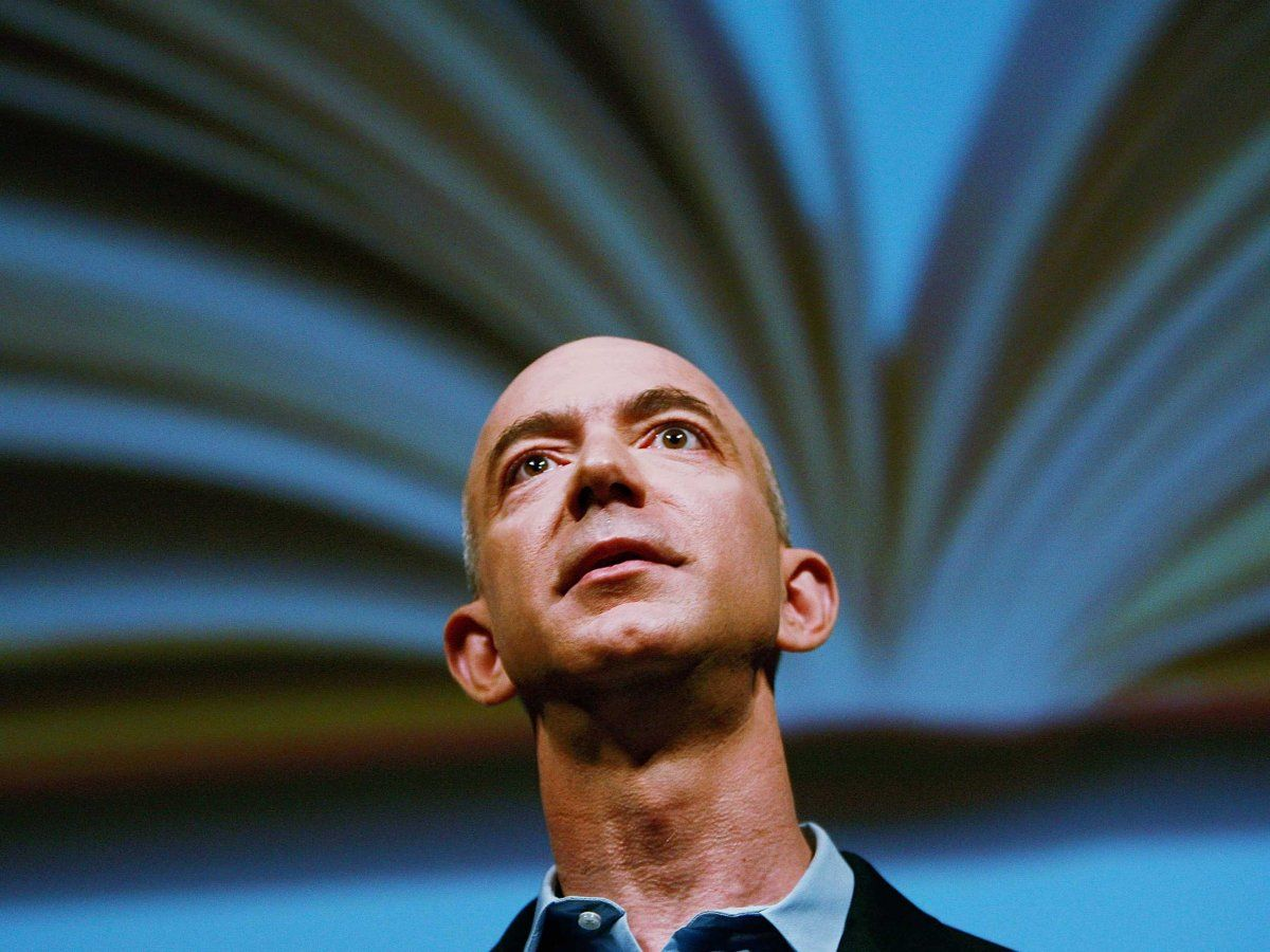 Amazon Is Emailing Authors To Go After Hachette — Here's Their Message - Business Insider