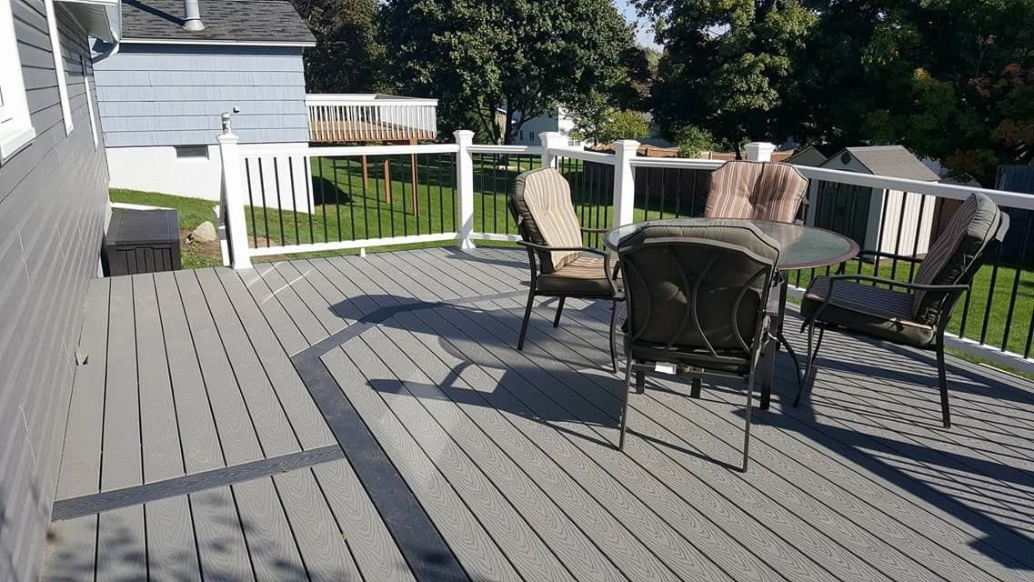 Pebble Gray Select Trex Deck With Winchester Gray Trim Deck Designs Backyard Trex Select Decking Deck Makeover