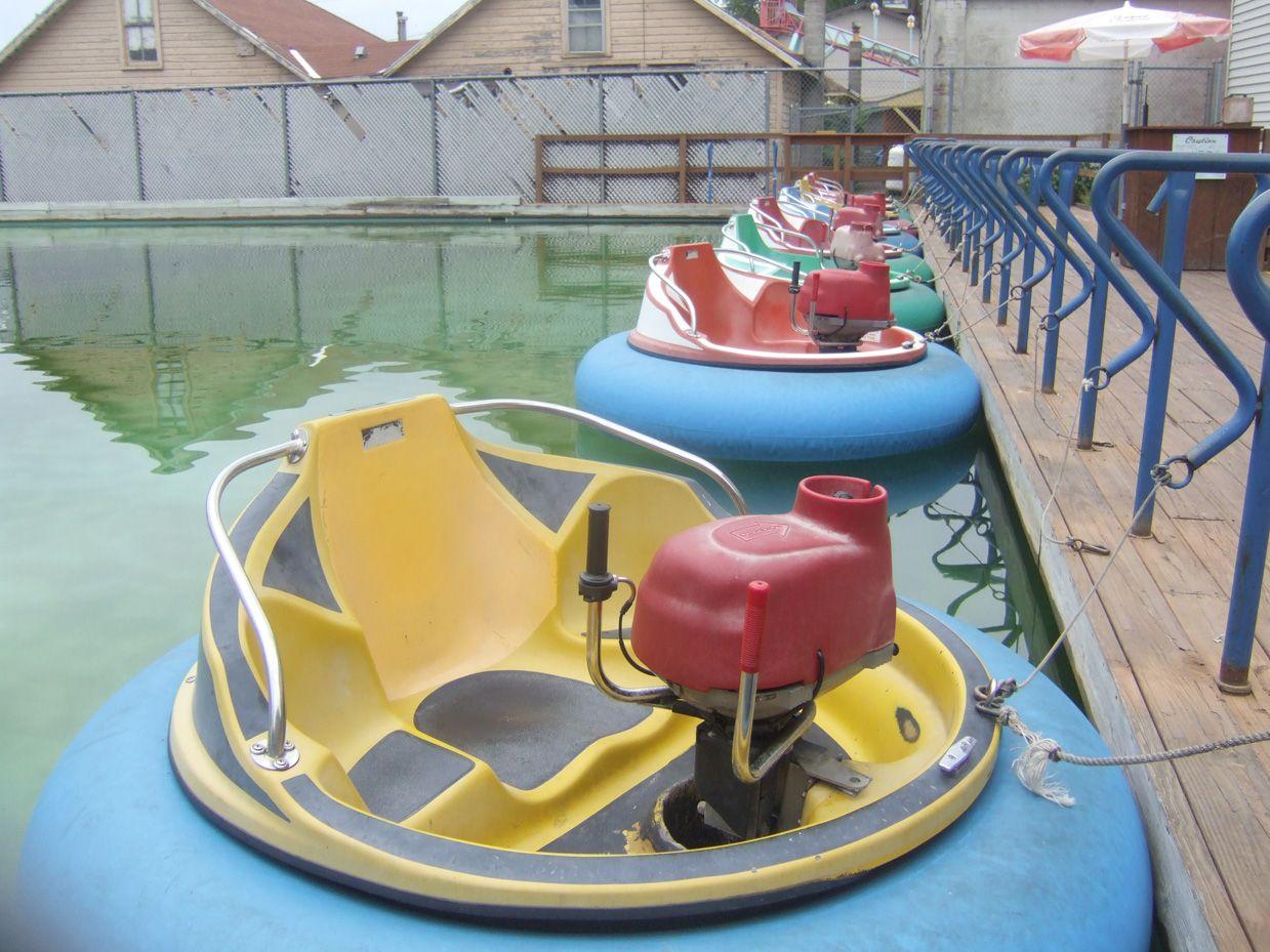 Per Boats At Sylvan Beach Amut Park In Ny