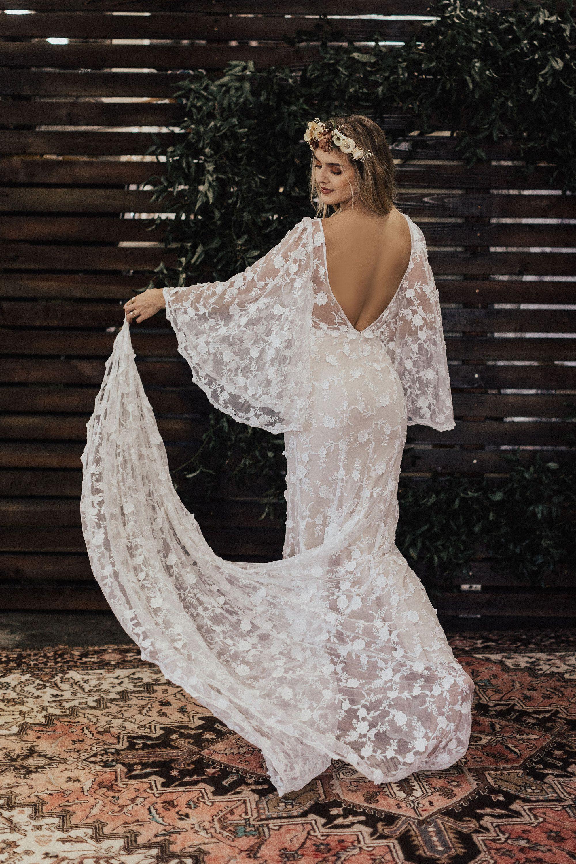 BESTSELLER Samantha Angel SLEEVES Lace Bohemian Wedding Dress ...