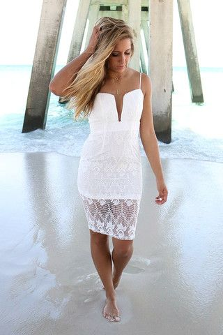 0b00ef5fb28 On The Rocks Plunging Neckline Fitted White Lace Cocktail Dress ...