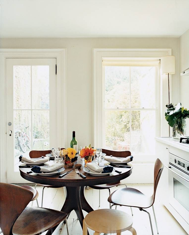 20 Small Dining Room Ideas On A Budget: Small Space Entertaining Tips