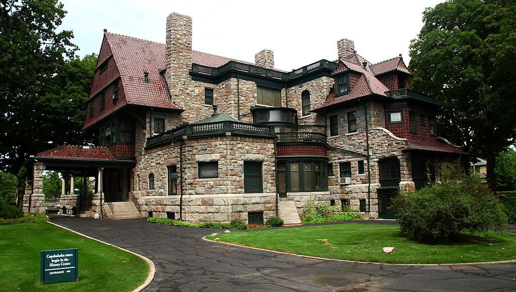 Copshaholm Joseph D Oliver House Wikipedia Built In 1895 96 Copshaholm Is A 38 Room Romanesque Queen Anne House Des Oliver House Mansions Queen Anne House