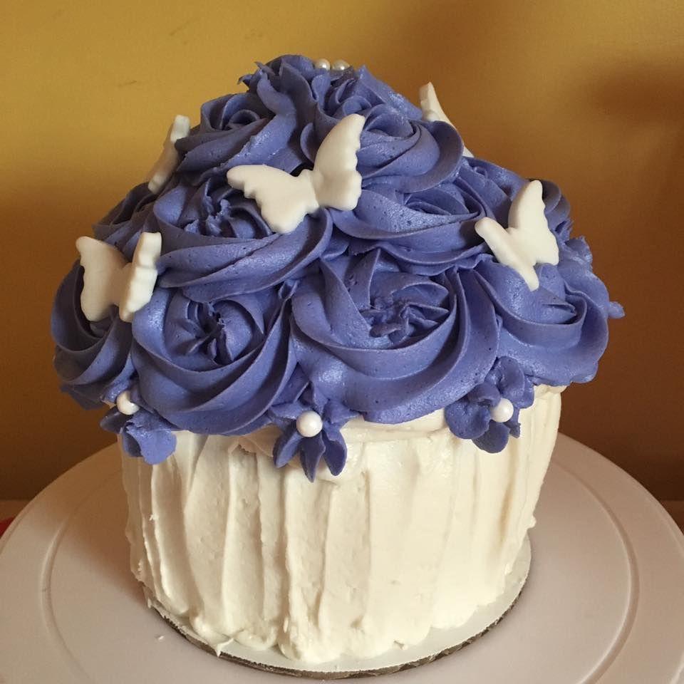 Maxine's Little Bakery follow her on facebook