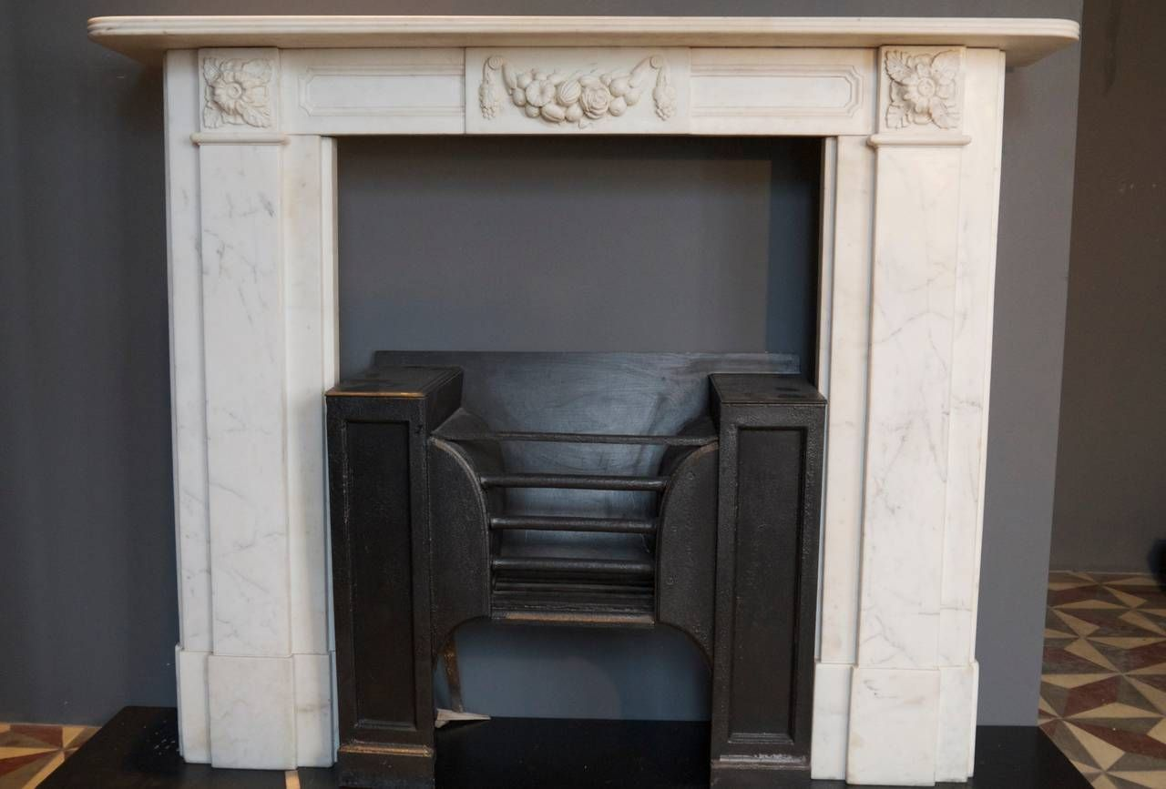 Antique Georgian Marble Fireplace Surround With An Original Hob