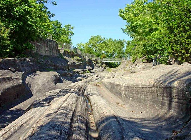 Glacial Grooves Memorial - Kelleys Island, Ohio - dramatic carving of bedrock by glacial ice