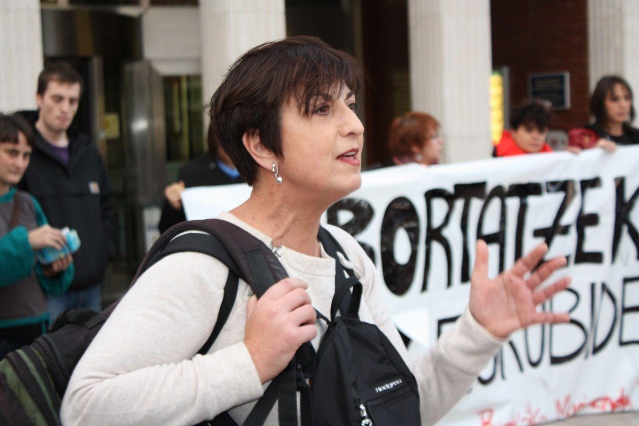 Concentración: Derecho al Aborto Libre, Gratuito (27/12/2013):http://ecuadoretxea.blogspot.com.es/2013/12/concentracion-derecho-al-aborto-libre.html