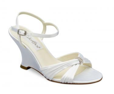 Google Image Result for http://www.recycledbride.com/uploads/listing/39/39411/coloriffics_victoria_wedge_size_7_white_wedding_shoes_31012_view0.jpg