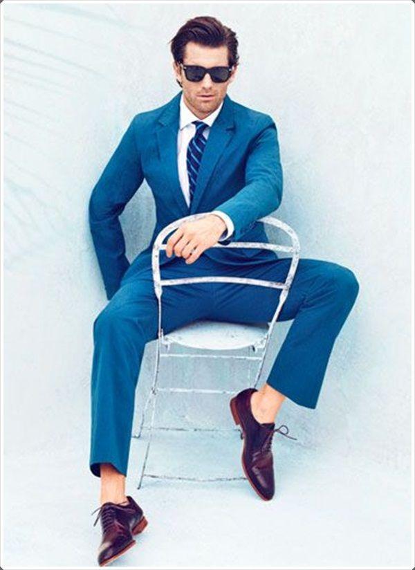 The Light Blue Suit Looks Very Striking Blue Suit Men Mens