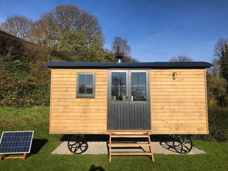 Gallery Shepherds Huts For Sale Cornwall Pumphrey Weston In 2020 Shepherds Hut Shepherds Hut For Sale Hut
