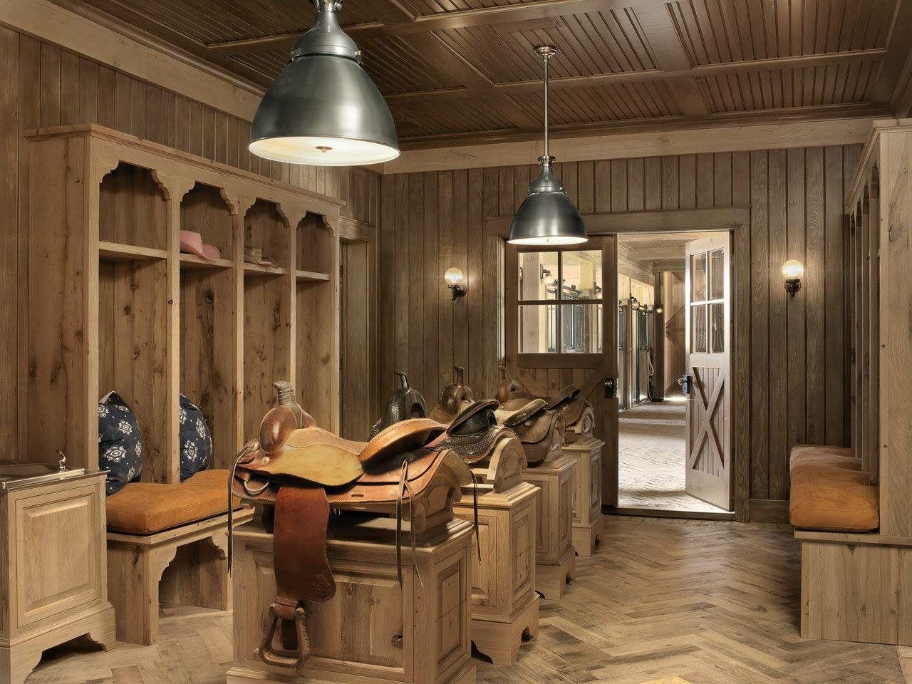 A Tack Room I Would Live In Sattelkammer Pferdestall Pferdeboxen