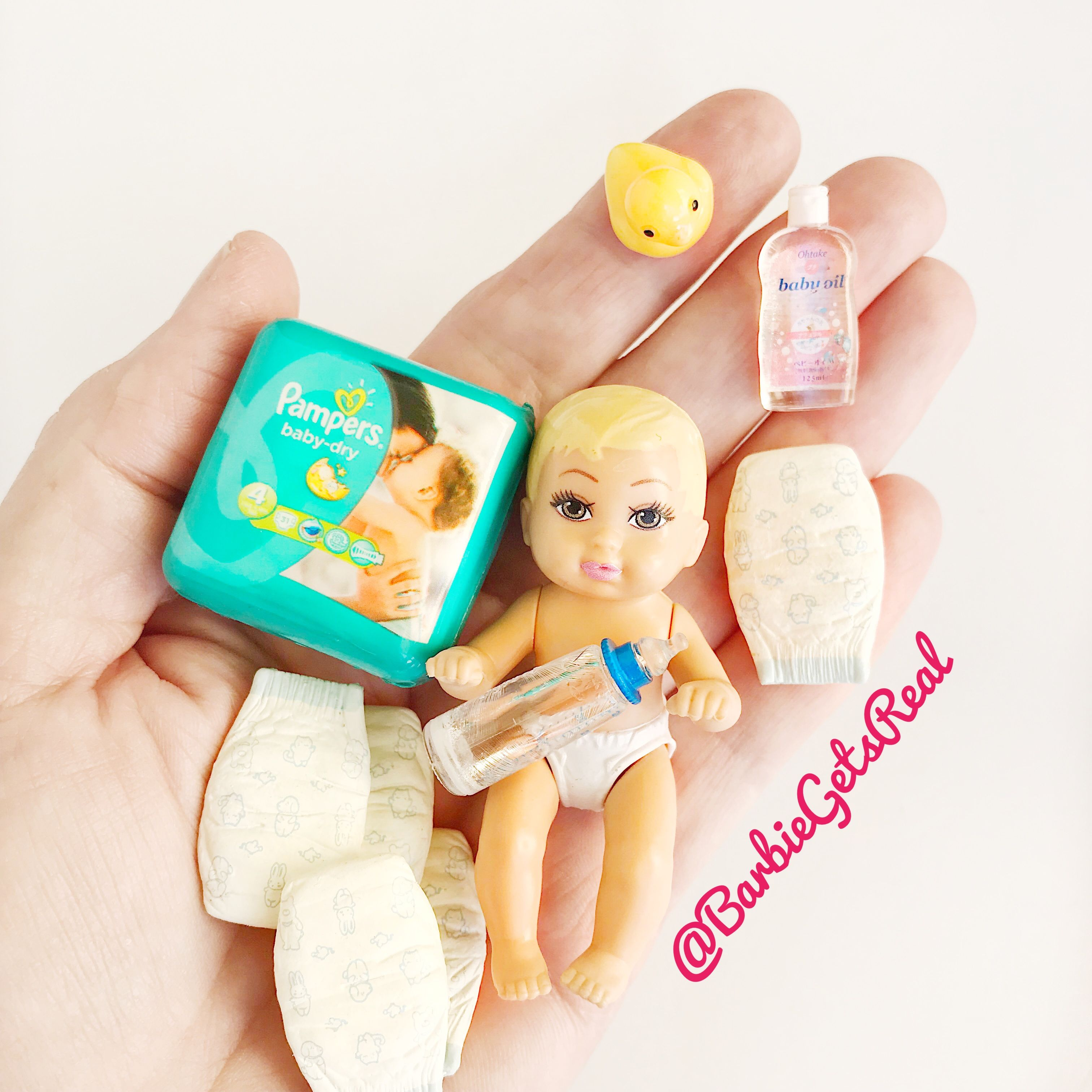 1//12 Dollhouse Miniature Baby Diaper Model For Dolls House Accessories Toy ^P