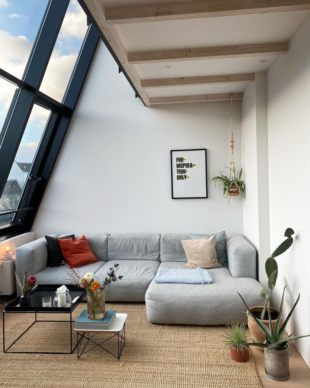 """katharina on Instagram: """"good morning 🤍. . . . . #solebich#couch#wohnzimmer"""""""