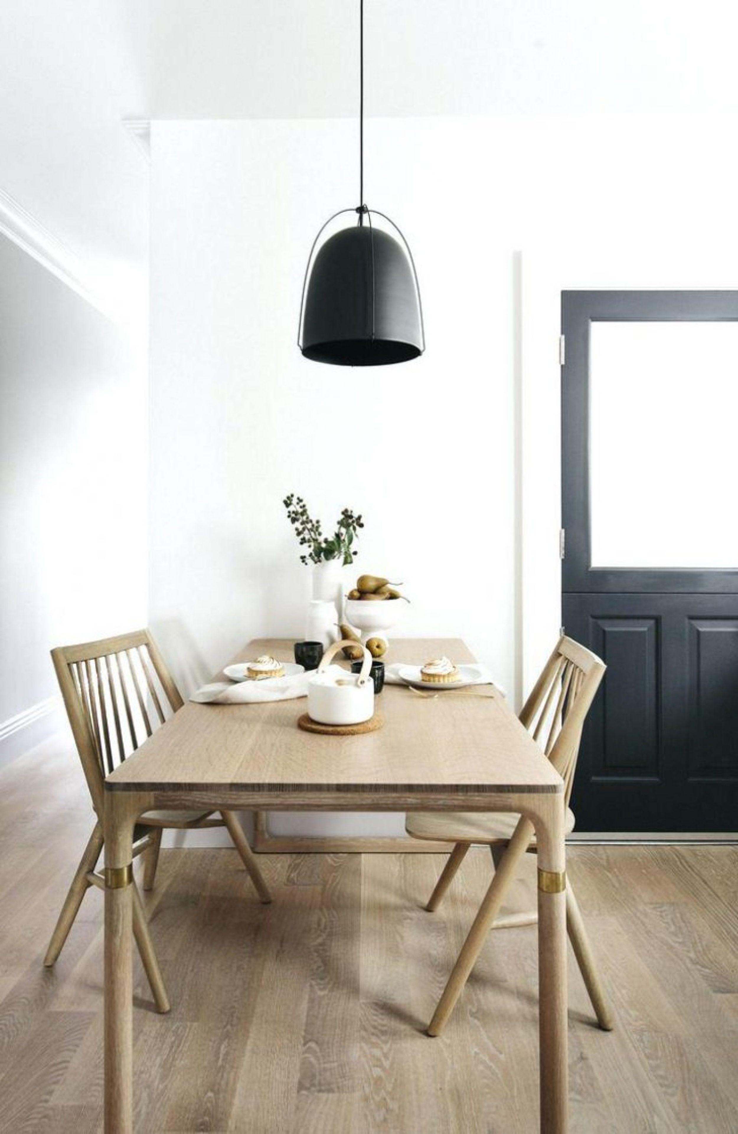 An Intro To The Modern Traditional Style Scandinavian Dining